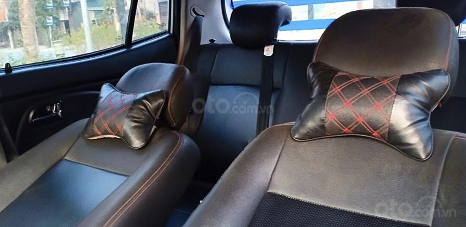Cần bán lại xe Kia Morning năm 2011, màu bạc còn mới (2)