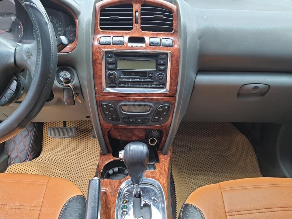 Bán gấp ô tô Hyundai Santa Fe Gold năm 2003, màu bạc, 225 triệu (5)