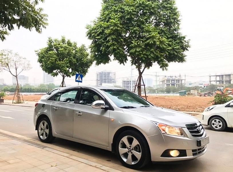 Bán Daewoo Lacetti CDX 1.6 AT sản xuất năm 2010, màu bạc, nhập khẩu nguyên chiếc giá cạnh tranh (1)