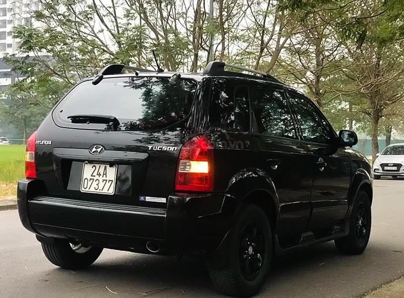 Cần bán xe Hyundai Tucson năm sản xuất 2009, màu đen, nhập khẩu, giá chỉ 300 triệu (4)