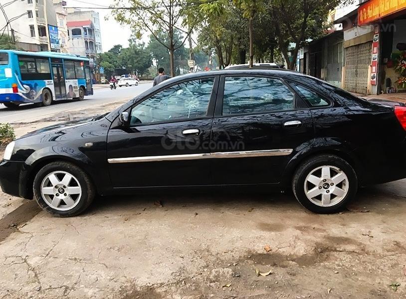 Xe Daewoo Lacetti 1.8 MT sản xuất năm 2004, màu đen (1)