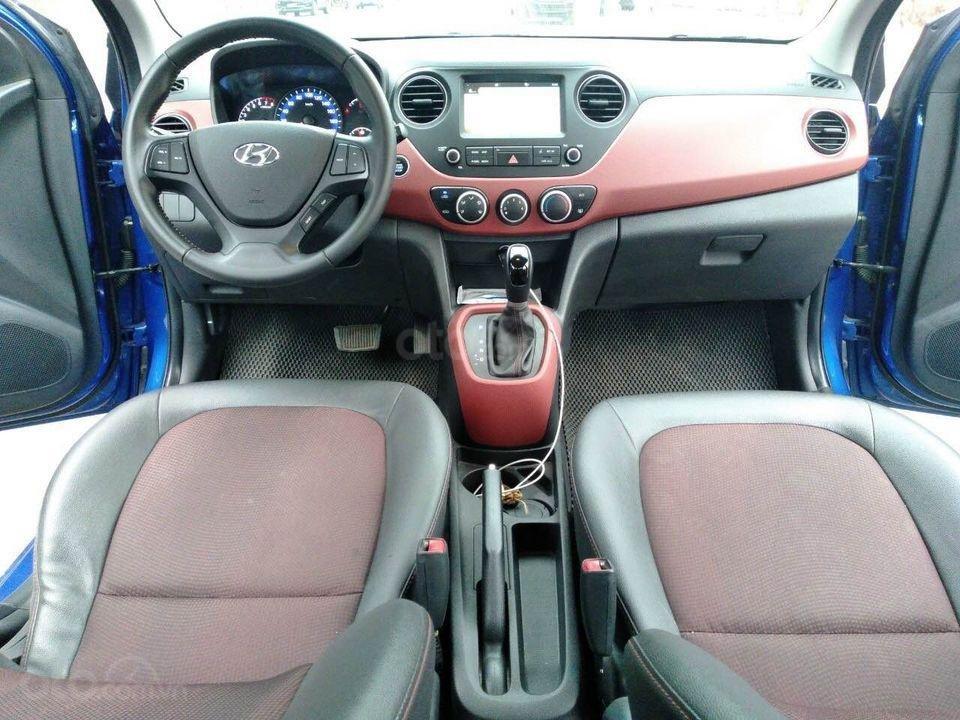 Cần bán gấp Hyundai Grand i10 1.2 đời 2017, màu xanh, xe gia đình (4)