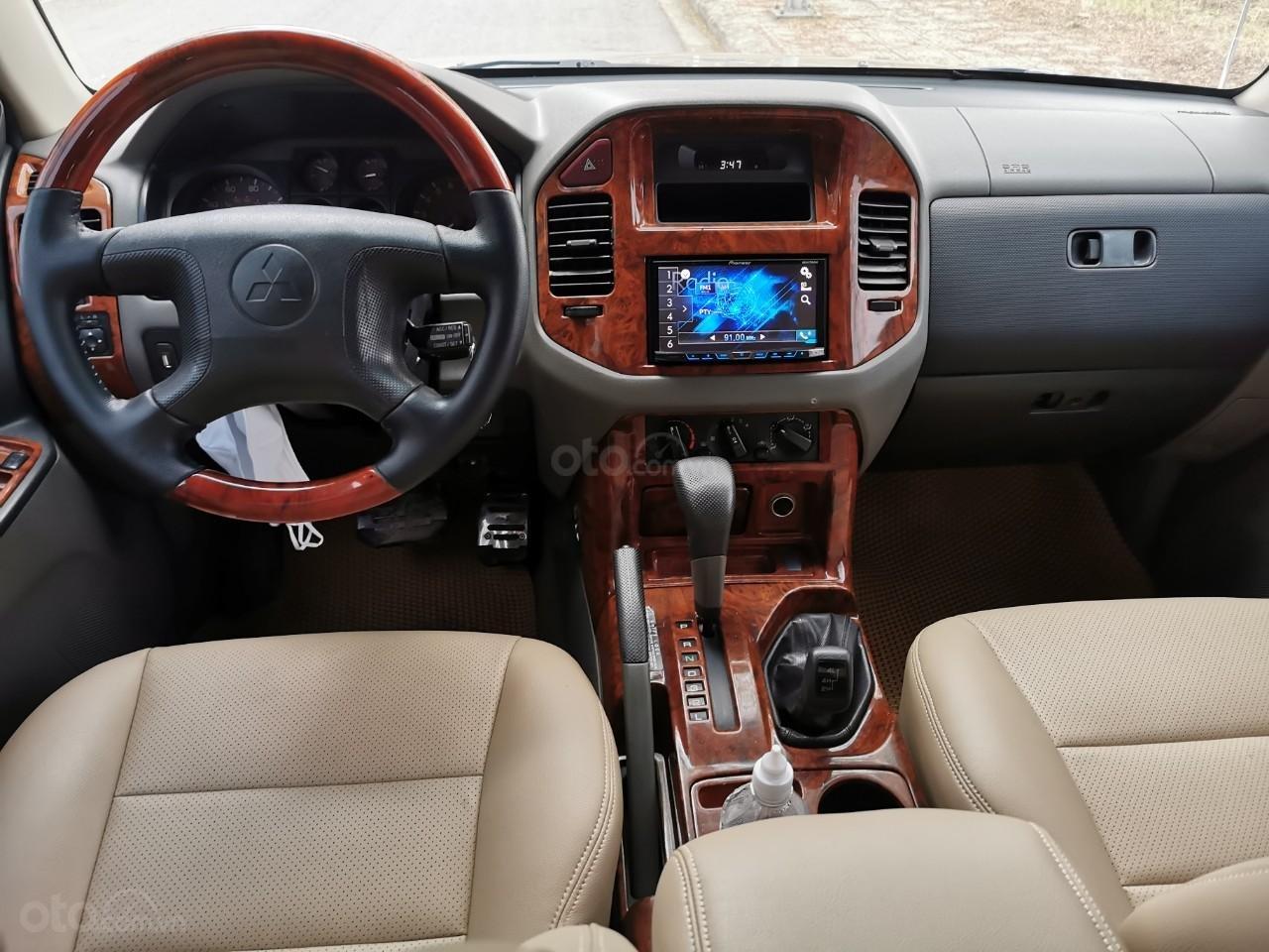 Cần Bán Xe Mitsubishi Pajero sản xuất năm 2002 (9)