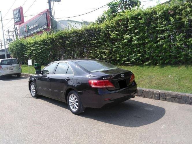 Cần bán lại xe Toyota Camry 2.4G năm sản xuất 2011, màu đen (5)