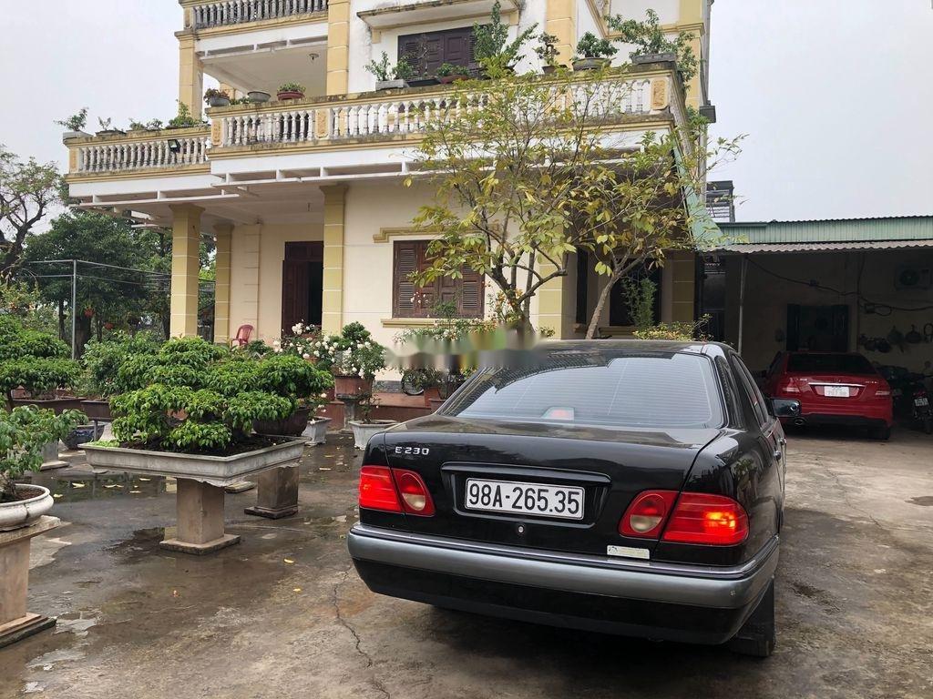 Bán Mercedes E230 đời 1998, màu đen, nhập khẩu nguyên chiếc (5)