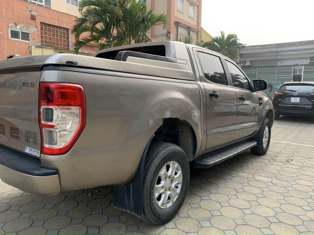 Cần bán Ford Ranger đời 2020, màu xám, nhập khẩu  (8)