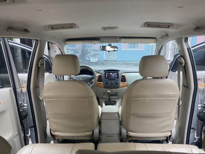 Cần bán gấp Toyota Innova G sản xuất 2012, màu bạc chính chủ, 343tr (6)