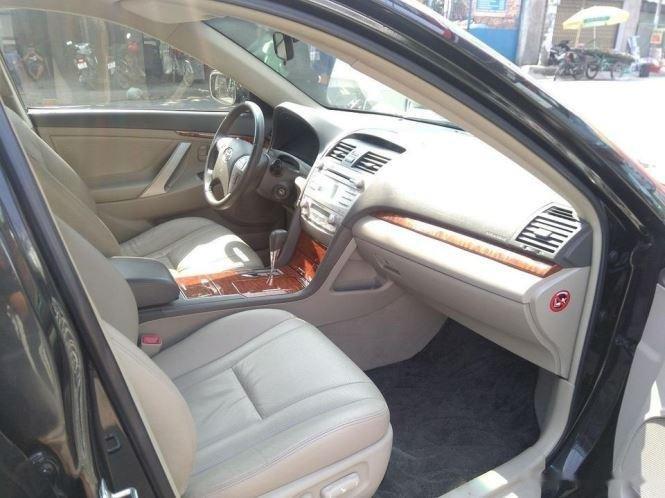 Cần bán lại xe Toyota Camry 2.4G năm sản xuất 2011, màu đen (6)