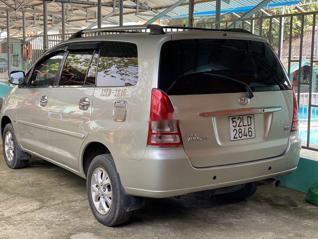 Cần bán Toyota Innova 2008, màu bạc chính chủ (4)