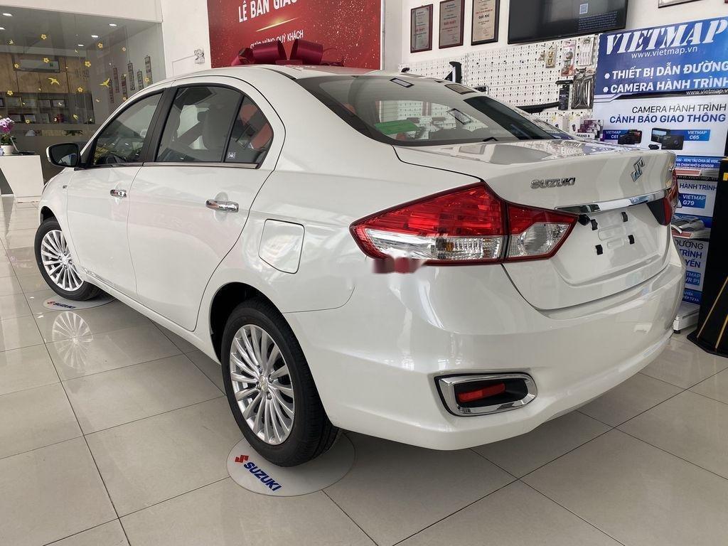 Bán xe Suzuki Ciaz 2020, màu trắng, nhập khẩu (4)