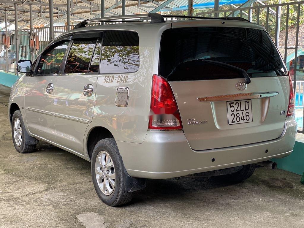 Cần bán Toyota Innova 2008, màu bạc chính chủ (5)