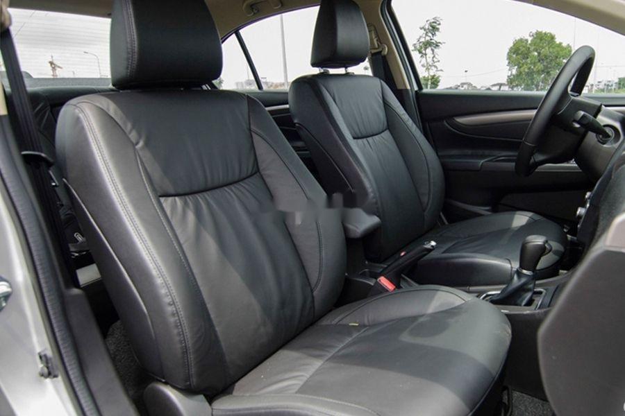 Bán xe Suzuki Ciaz 2020, màu trắng, nhập khẩu (5)