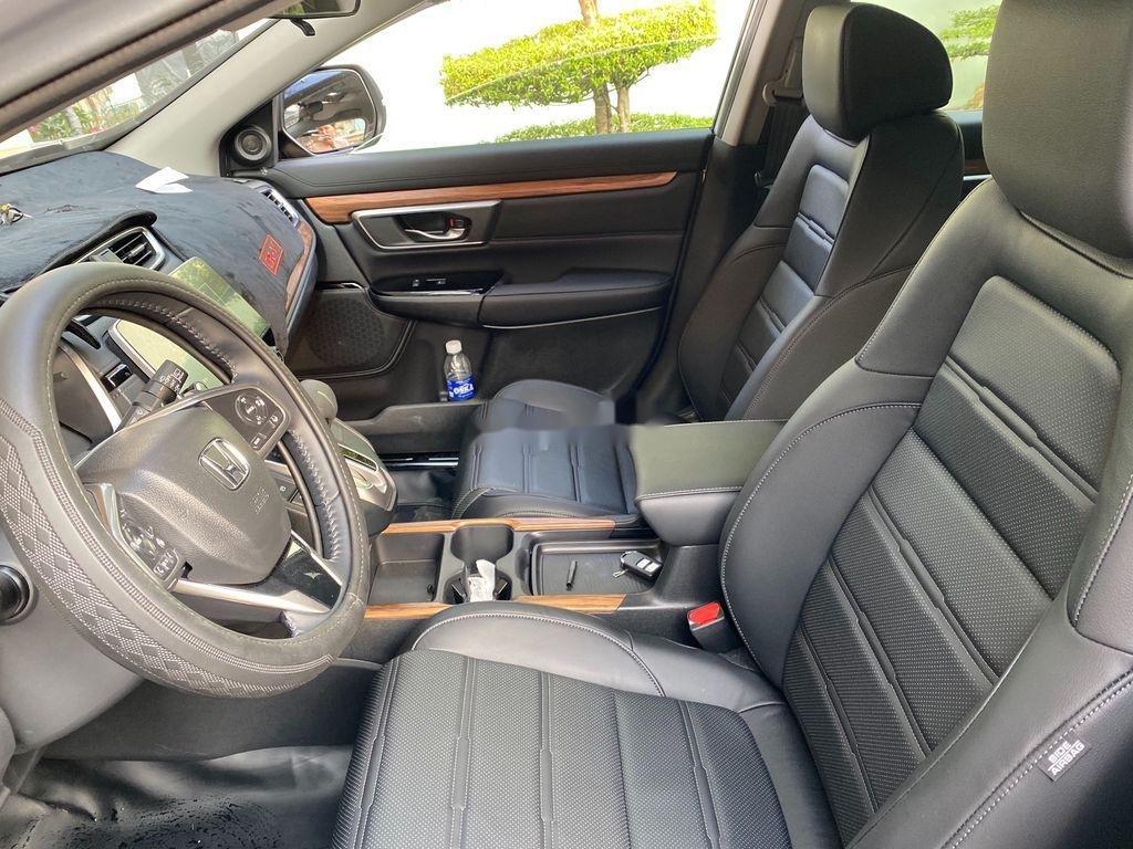 Cần bán xe Honda CR V năm 2020 còn mới (8)