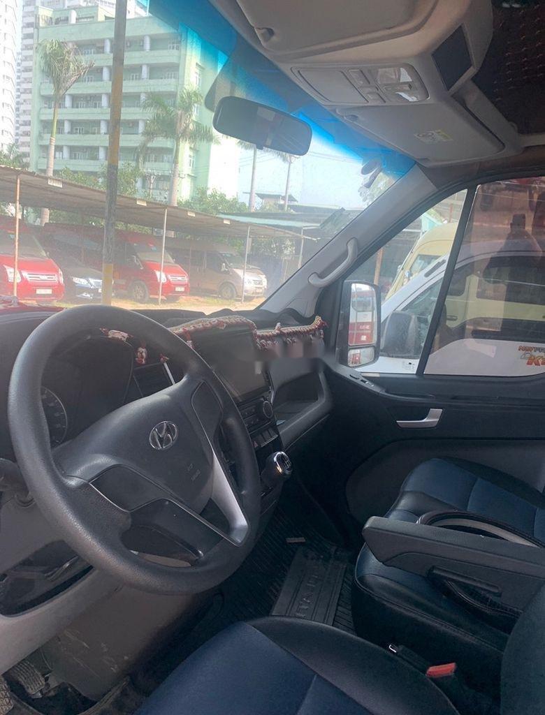 Xe Hyundai Solati sản xuất năm 2019 còn mới, giá tốt (2)