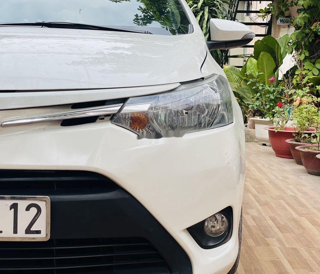 Cần bán xe Toyota Vios đời 2018, màu trắng chính chủ (11)