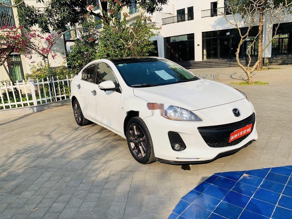 Cần bán Mazda 3 2012, màu trắng, giá cạnh tranh (9)