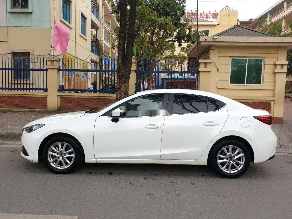 Bán Mazda 3 sản xuất năm 2015, màu trắng, số tự động (6)