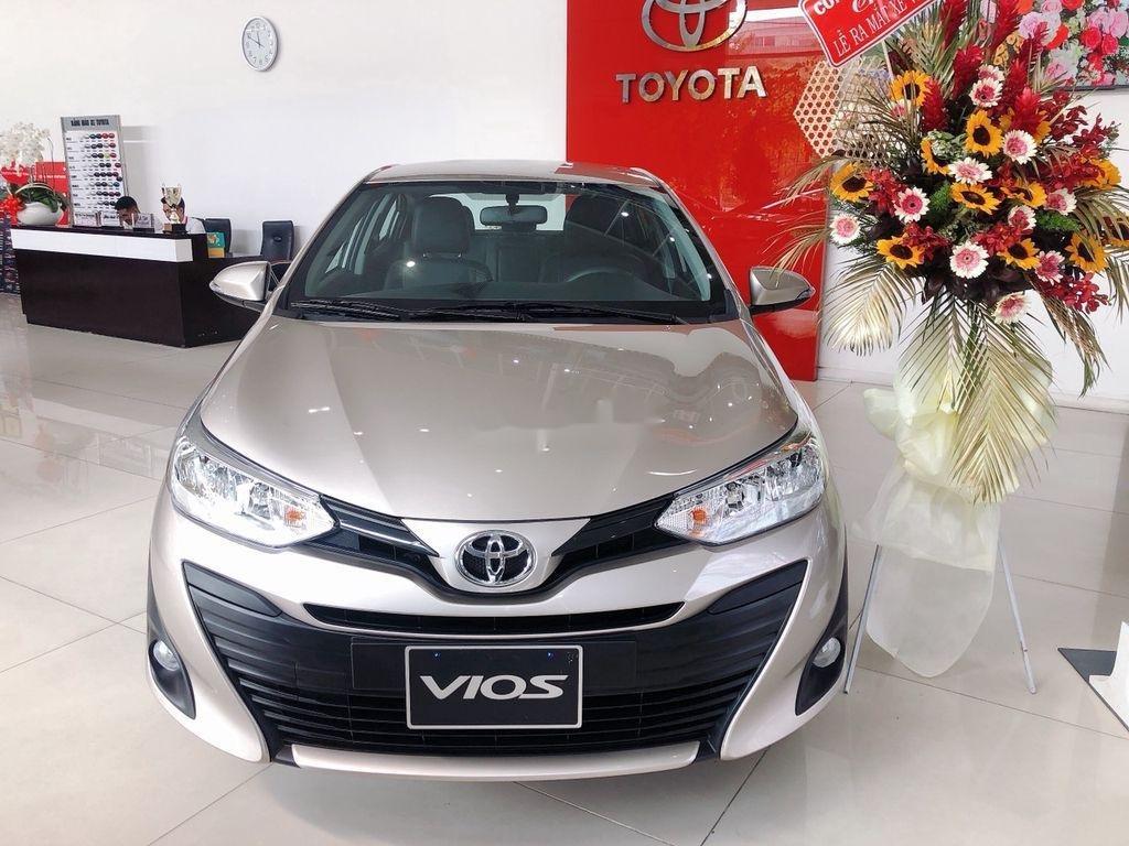 Bán xe Toyota Vios năm sản xuất 2021, màu bạc (1)
