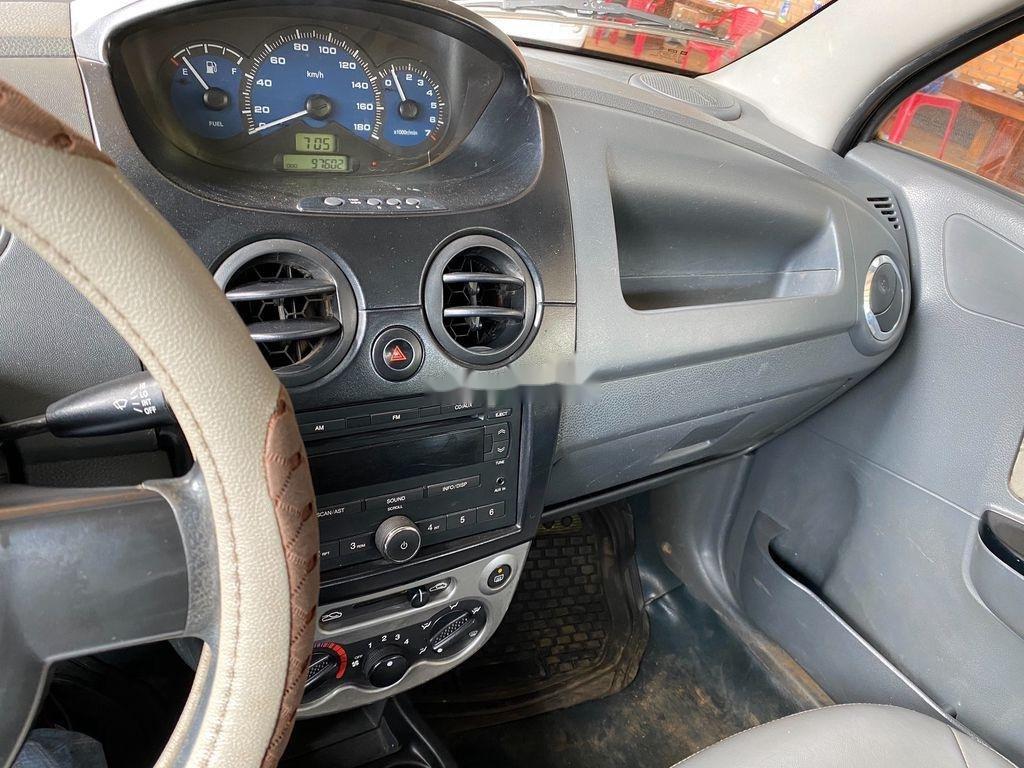 Bán Chevrolet Spark đời 2015, màu bạc, xe chính chủ (6)