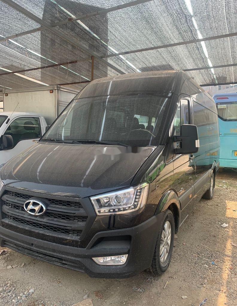 Xe Hyundai Solati sản xuất năm 2019 còn mới, giá tốt (1)