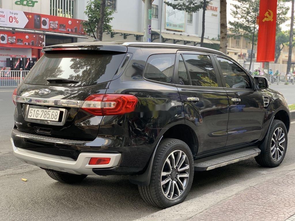 Cần bán gấp Ford Everest năm 2019, màu đen, nhập khẩu nguyên chiếc (6)