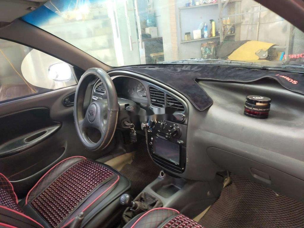 Xe Daewoo Lanos năm sản xuất 2000, giá tốt (6)