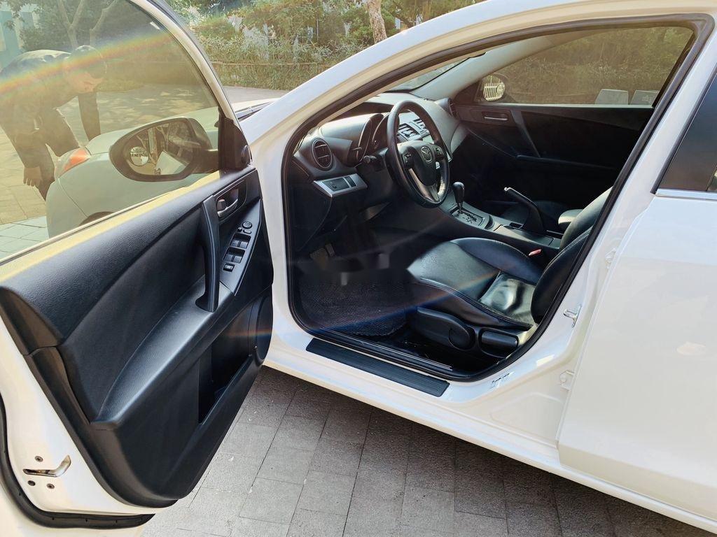 Cần bán Mazda 3 2012, màu trắng, giá cạnh tranh (8)