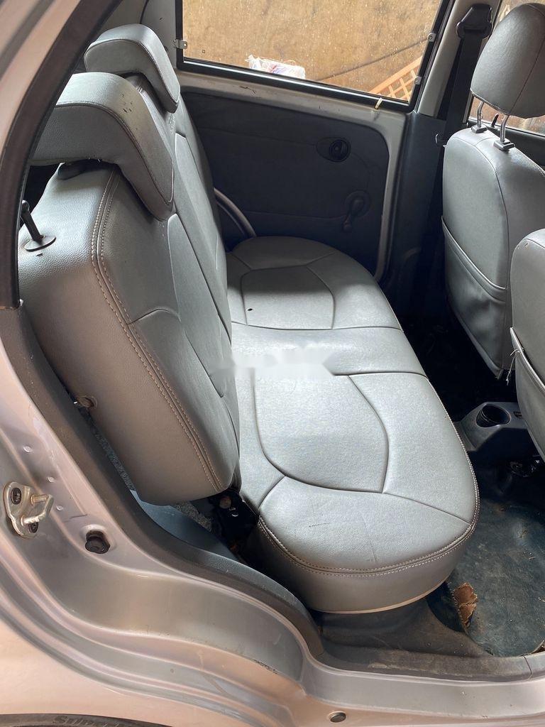 Bán Chevrolet Spark đời 2015, màu bạc, xe chính chủ (3)