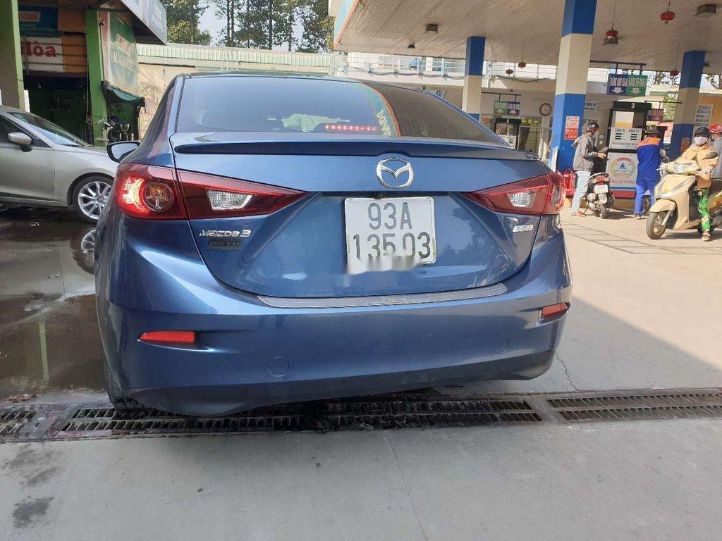 Xe Mazda 3 năm sản xuất 2018, màu xanh lam ít sử dụng (4)