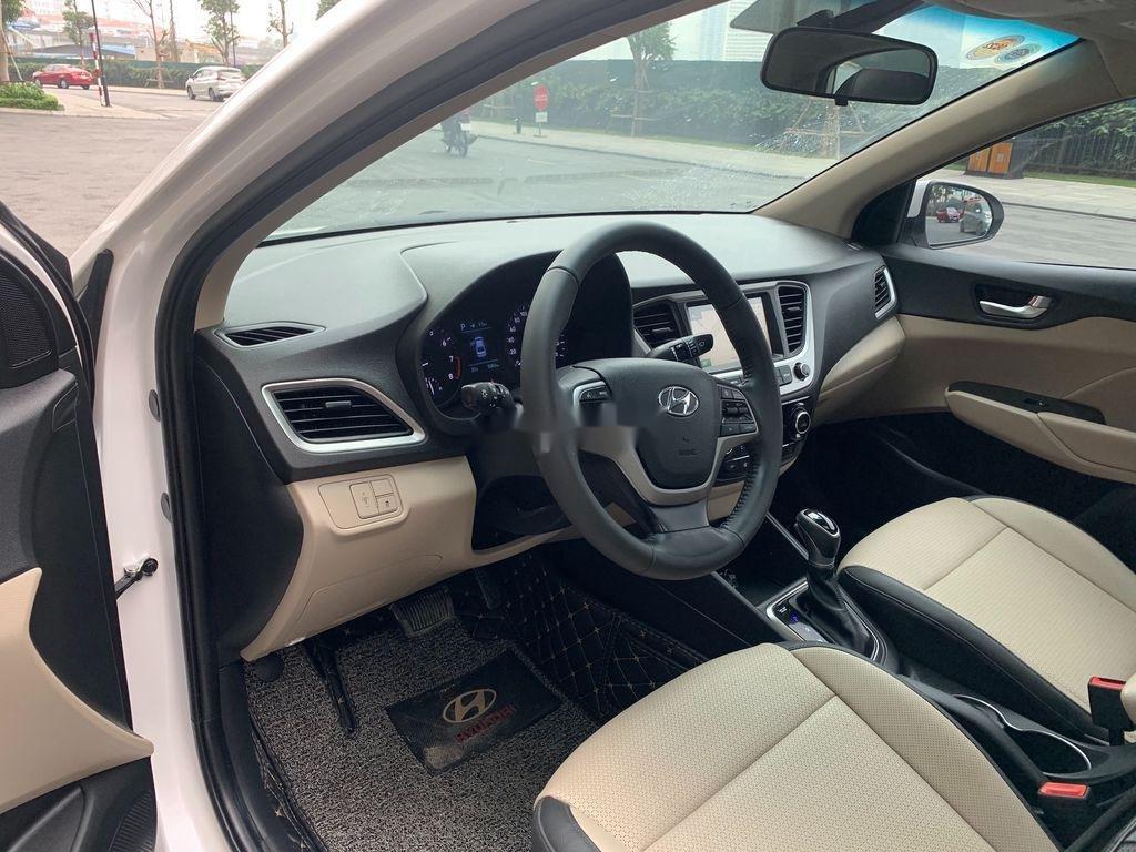 Bán Hyundai Accent ATH 2020, màu trắng, giá 555tr (10)