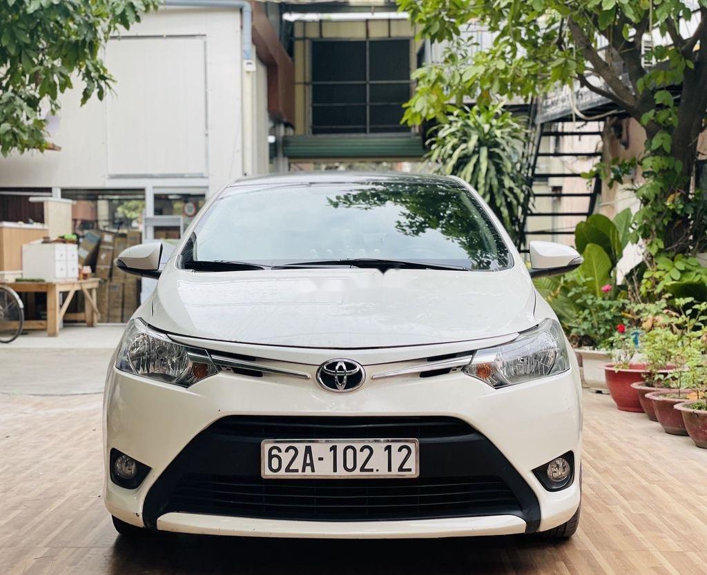 Cần bán xe Toyota Vios đời 2018, màu trắng chính chủ (2)