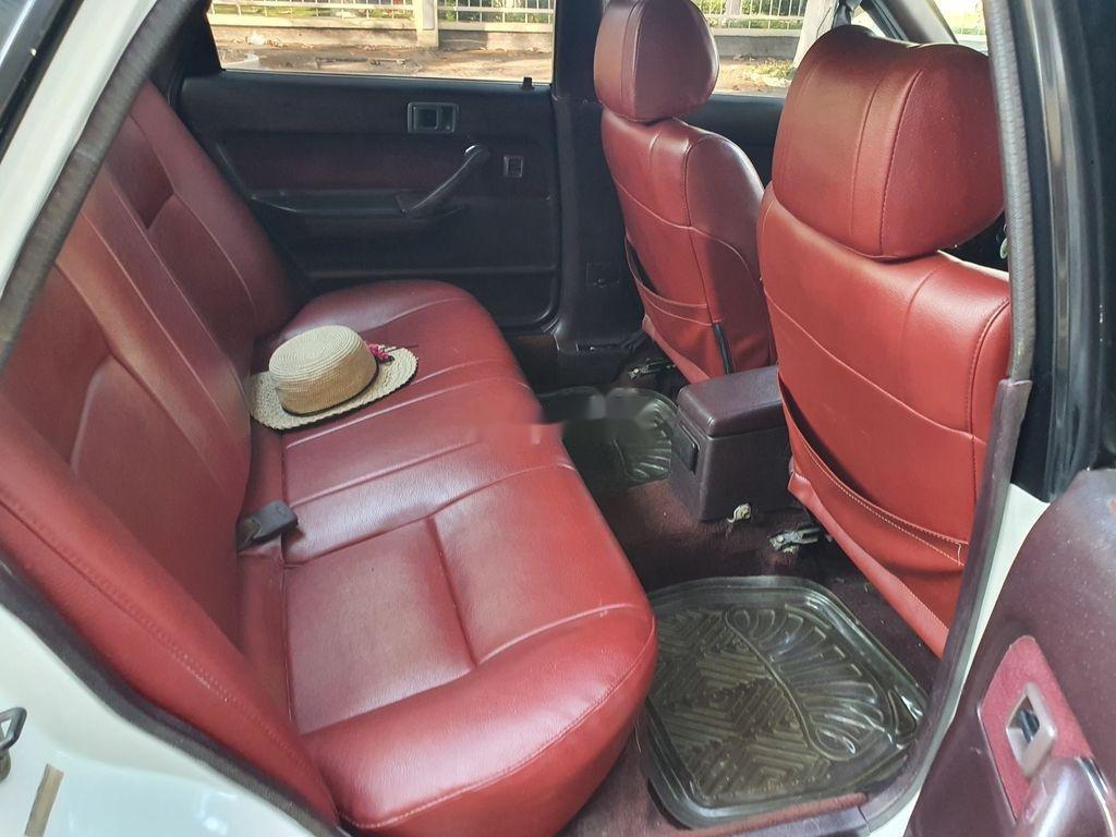 Cần bán lại xe Toyota Camry sản xuất 1989 còn mới (11)