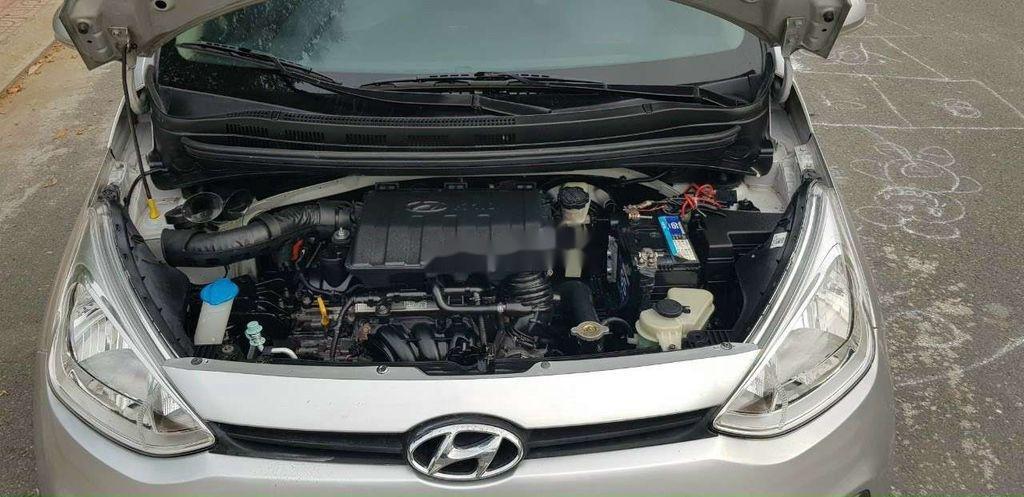 Cần bán gấp Hyundai Grand i10 đời 2015, màu bạc, xe nhập (5)