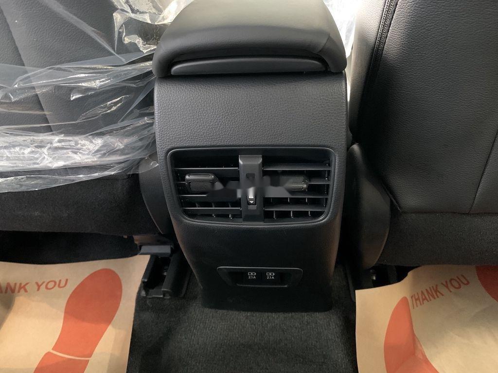 Cần bán Toyota Corolla Cross đời 2021, màu xám, xe nhập, giá tốt (9)