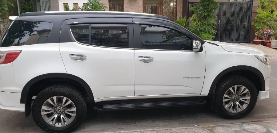 Bán ô tô Chevrolet Trailblazer 2.5 AT năm 2018, màu trắng, nhập khẩu (26)