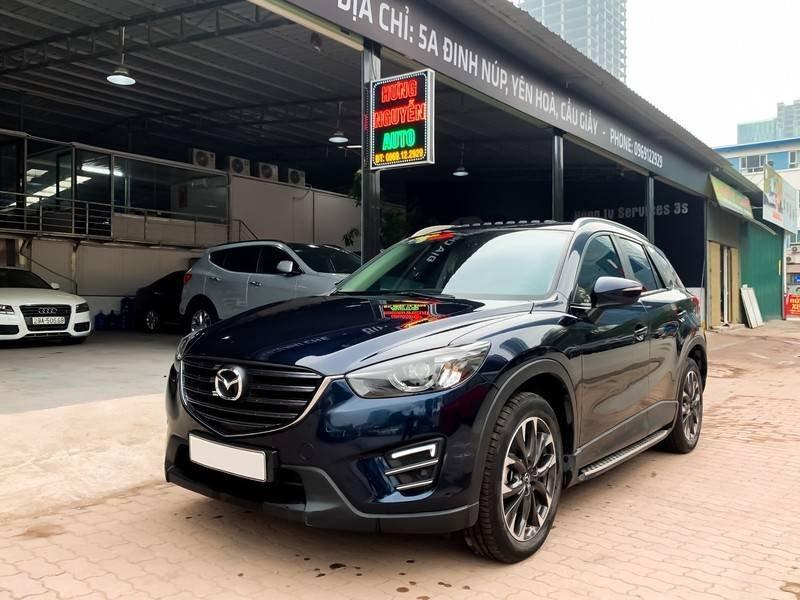 Cần bán Mazda 5 sản xuất năm 2017, màu đen chính chủ, giá tốt (4)