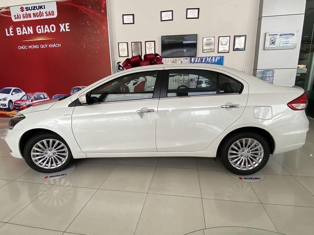 Bán xe Suzuki Ciaz 2020, màu trắng, nhập khẩu (3)