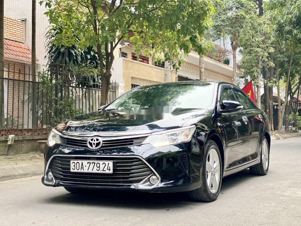 Cần bán Toyota Camry sản xuất 2015 còn mới, 815 triệu (4)