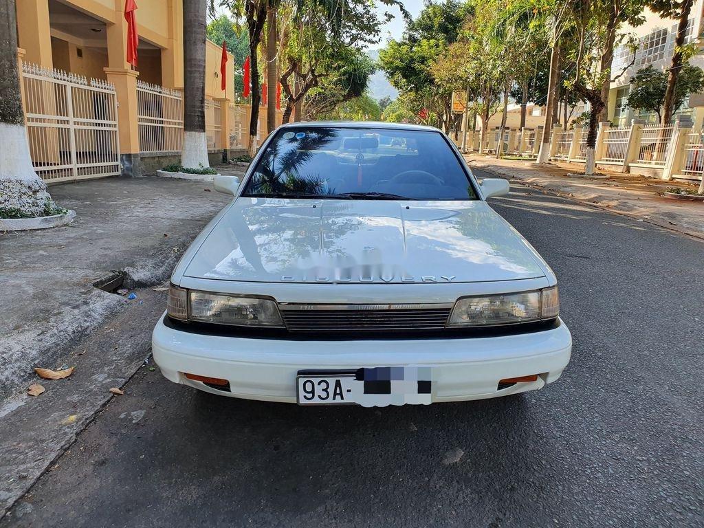 Cần bán lại xe Toyota Camry sản xuất 1989 còn mới (1)