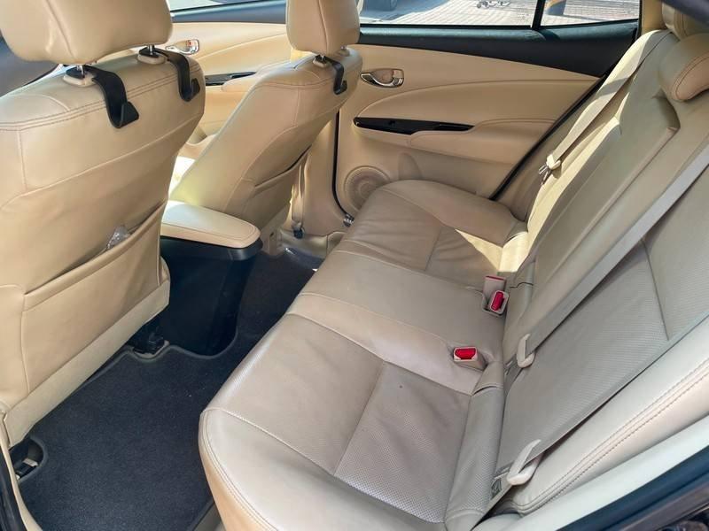 Cần bán gấp Toyota Vios đời 2019, màu đen chính chủ, giá 550tr (10)