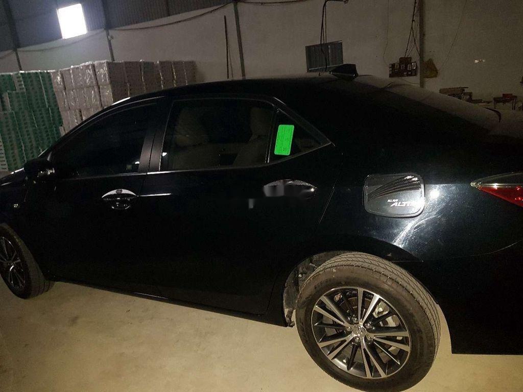 Bán Toyota Corolla Altis 2019, màu đen, nhập khẩu còn mới (3)