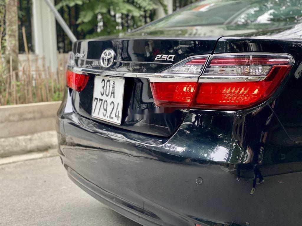 Cần bán Toyota Camry sản xuất 2015 còn mới, 815 triệu (10)