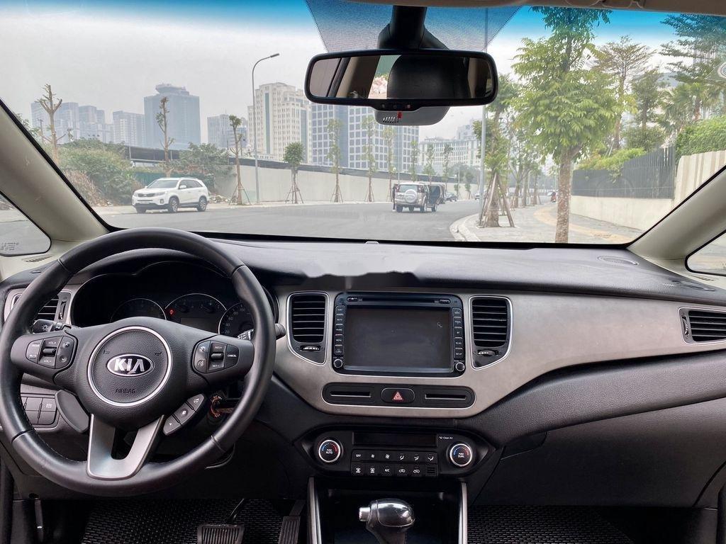 Cần bán lại xe Kia Rondo đời 2015, màu nâu, 485 triệu (10)
