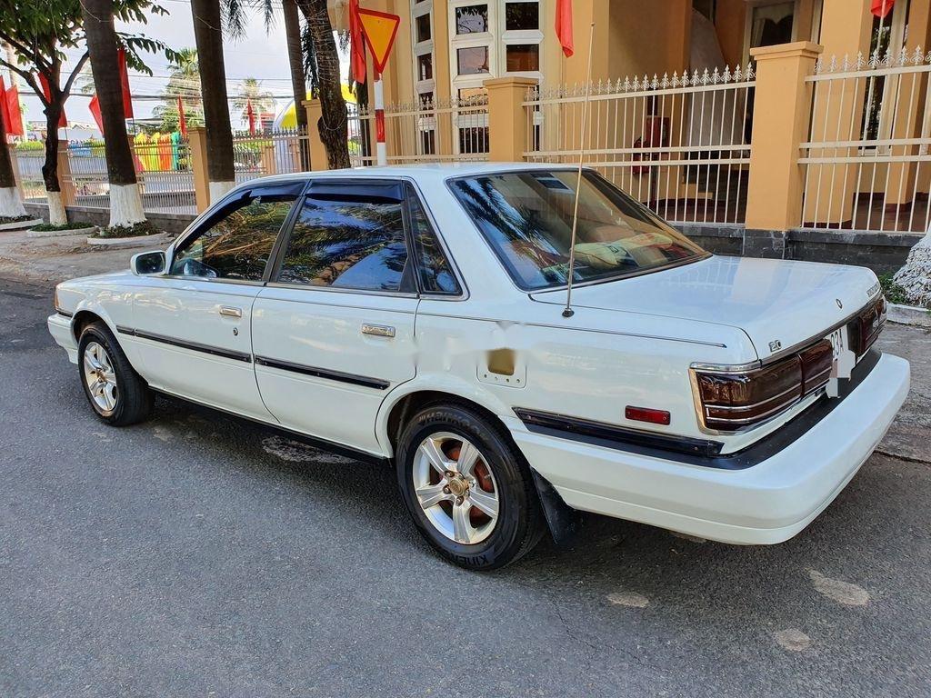 Cần bán lại xe Toyota Camry sản xuất 1989 còn mới (4)
