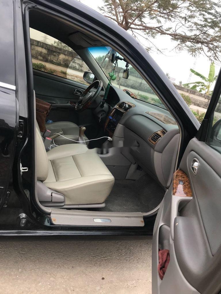 Cần bán gấp Mazda 626 đời 2001, màu đen chính chủ (4)