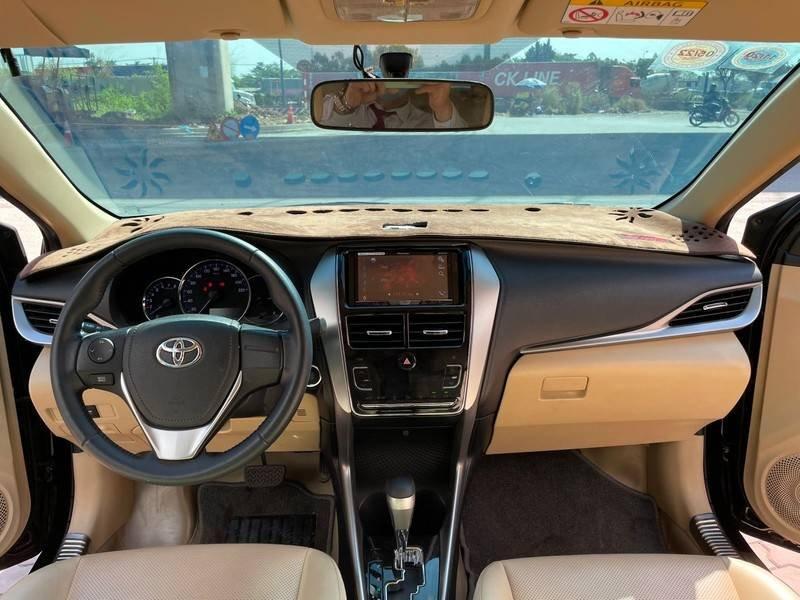 Cần bán gấp Toyota Vios đời 2019, màu đen chính chủ, giá 550tr (11)