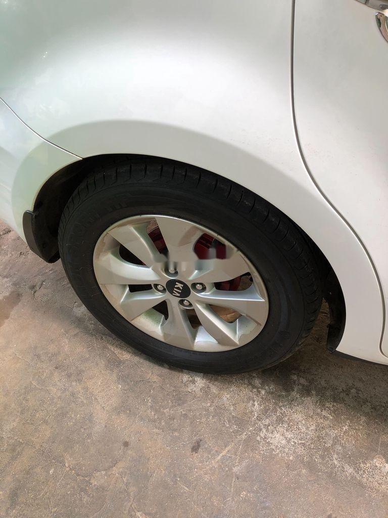 Xe Kia Rio năm sản xuất 2016, màu trắng còn mới, giá 329tr (4)