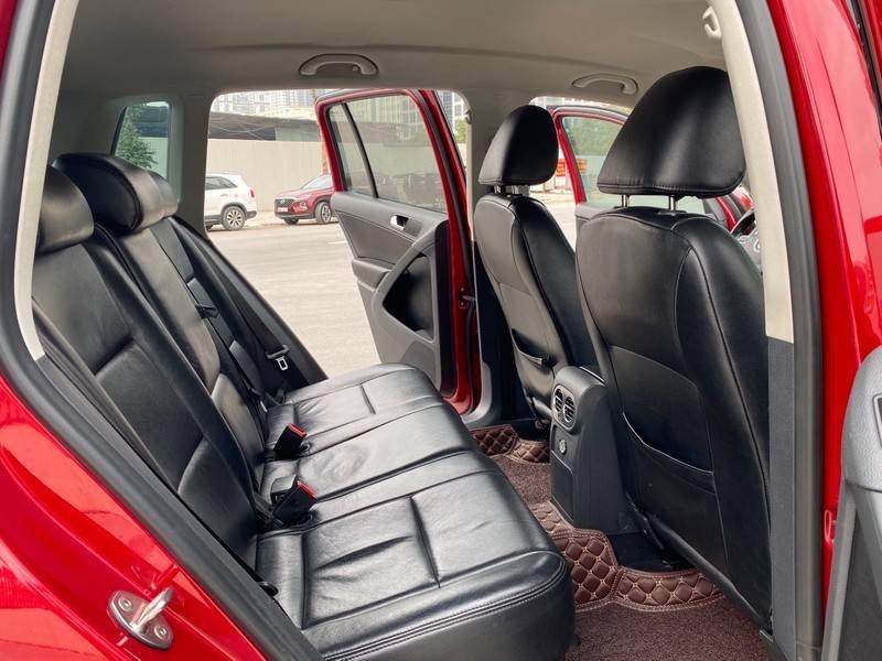 Bán xe Volkswagen Tiguan đời 2011, màu đỏ, nhập khẩu (10)