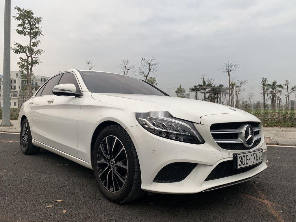 Bán Mercedes C class năm sản xuất 2019 còn mới (1)