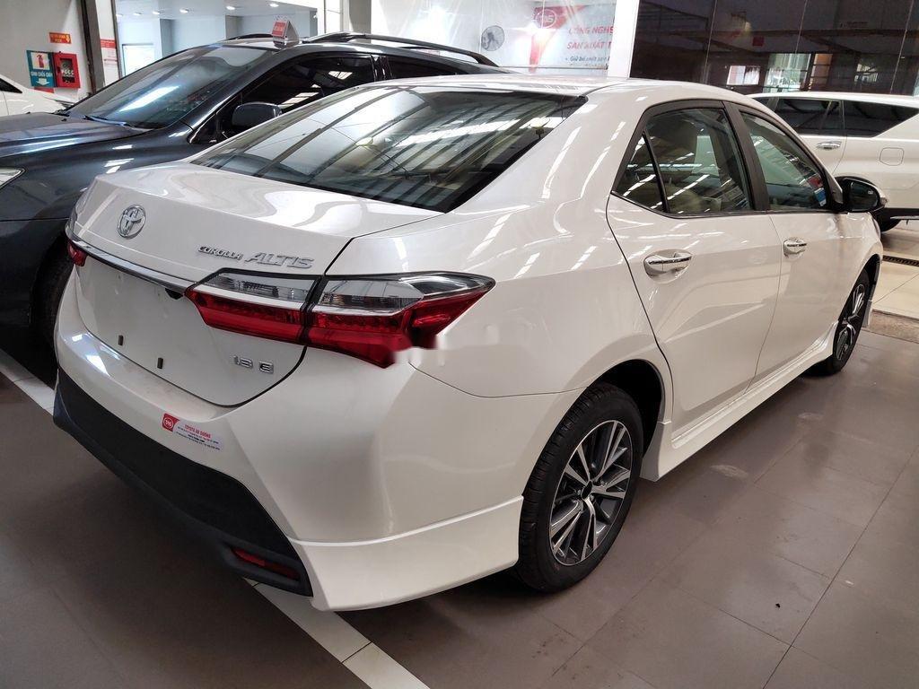 Bán Toyota Corolla Altis năm sản xuất 2020, màu trắng (6)